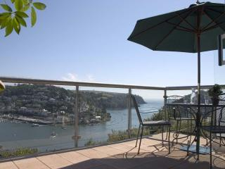 Perfect 6 bedroom Dartmouth House with Internet Access - Dartmouth vacation rentals