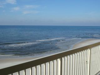 Celadon 5th Floor Beachfront 2BR+Bunkrm, Free Wifi - Panama City Beach vacation rentals