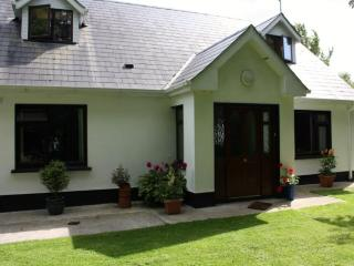 Ash Cottage Bed and Breakfast near Tara,Newgrange. - Northern Ireland vacation rentals