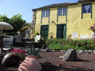 La Casita, romantic cottage with stunning sea view - Garafia vacation rentals