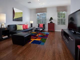 Fabulous New Beautiful Townhome Vista Cay Orlando - Orlando vacation rentals
