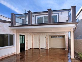Classy-Upscale Balboa Bungalow! Steps 2 Sand! - Laguna Beach vacation rentals