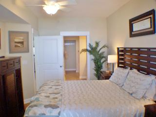 1 Fantastic Fall Bch Frnt close 2 Pier 3br/ bunks - Panama City Beach vacation rentals