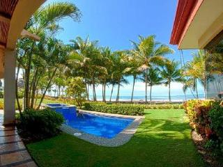 La Costa villa right on black sand beach ideal for surfing with plunge pool & daily housekeeping - Playa Hermosa vacation rentals