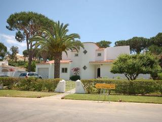 5 Bed Villa in Vilamoura, Algarve, Portugal - Quarteira vacation rentals