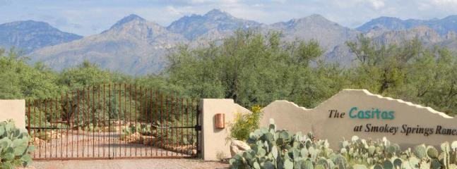 Welcome the the Casitas at Smokey Springs Ranch. Our entry with the Catalina Mountains behind. - 1 or 2 br. Casitas on 20 acres of lush Desert - Tucson - rentals