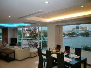 TheRiverSideBangkok - River living, luxury central - Bangkok vacation rentals