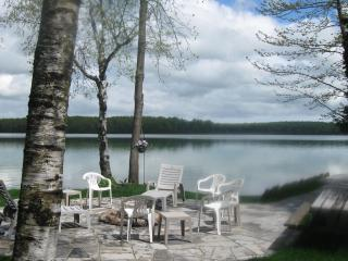SAUBLE BEACH WATERFRONT COTTAGES-LAKE FRANCIS COTTAGES - Sauble Beach vacation rentals