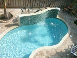 4 BDRM-4.5 BATH-LUXURY TWNHSE-CLOSE TO BEACH-POOL - Lauderdale by the Sea vacation rentals