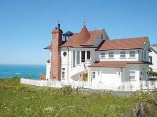 The Westport 'Landship', Mendocino County, CA. - Mendocino vacation rentals