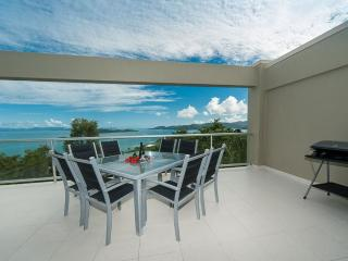 Beautiful 3 bedroom Condo in Hamilton Island - Hamilton Island vacation rentals