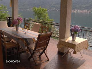 Lake ComoVilla Private,Lakefront,Dock,Parking!!! - Nesso vacation rentals