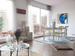 BCN Rambla Catalunya Bulevard Penthouse - Barcelona vacation rentals