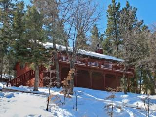 Whispering Heights Cabin a fantastic, relaxing vacation cabin in the Moonridge area of Big Bear Lake - Big Bear Lake vacation rentals