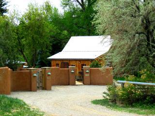 Jordan Cabin t.a.o.s. - Taos vacation rentals