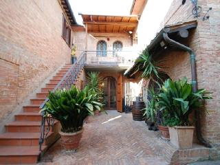 Apartment Palio holiday vacation apartment rental italy, tuscany, siena, holiday vacation apartment to rent italy, tuscany, sien - Sovicille vacation rentals