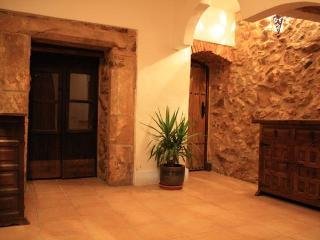Casa Anglomeño, Alburquerque, Extremadura, Spain. - Extremadura vacation rentals