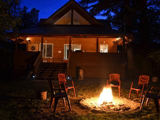Beautiful Cabin with Deck and Satellite Or Cable TV - Tulameen vacation rentals