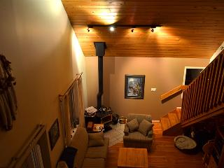 Beautiful Cabin with Deck and Dishwasher - Tulameen vacation rentals
