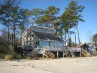 "Chesapeake Bay ""BigBay"" Beach House - Chesapeake vacation rentals"