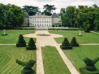Chateau in french wine growing region north Lyon. - Quincieux vacation rentals