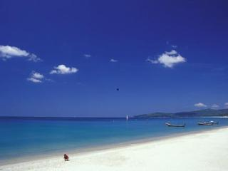 Luxury 2-bedroom Apt, sleeps 5 + infant, pool view - Phuket vacation rentals