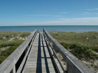 1 Block from the ocean, Available April 1st - Amelia Island vacation rentals