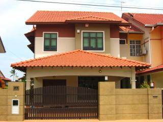 Luxury Malacca (Melaka) Accommodation for Family - Melaka vacation rentals
