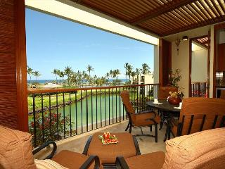 TOP FLOOR LUXURY PENTHOUSE, OCEAN VIEWS LAVA FLOW SPECIAL AUG-OCT 7TH NT COMP - Kamuela vacation rentals