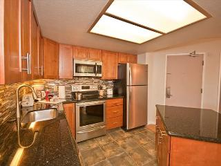 Ground-floor unit, newly renovated, close to pool and white-sand beach. - Kihei vacation rentals