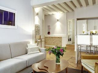 MARAIS PRESTIGE V : 2BR / 1BA ideally located - Paris vacation rentals