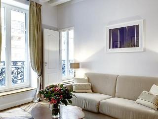 MARAIS PRESTIGE V : 2BR / 1BA ideally located - Paris vacation rentals