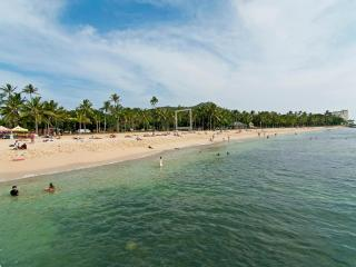 BY THE BEACH! Remodeled Condo in Boutique Hotel - Honolulu vacation rentals