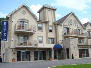 Located on 2nd level with mountain view - St-Sauveur Condo Studio in Laurentides, Quebec - Piedmont - rentals