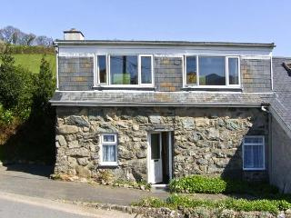 PENTY, pet friendly, country holiday cottage, with a garden in Dolgellau, Ref - Dolgellau vacation rentals