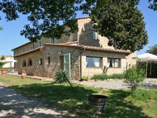 Tuscany Accommodation Within Walking Distance of Town - Casa Poggio - San Donato in Poggio vacation rentals