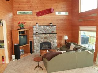 Bright 4 bedroom House in Leavenworth - Leavenworth vacation rentals