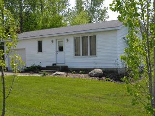 Bayfield, Ontario 2 bedroom cottage - Bayfield vacation rentals