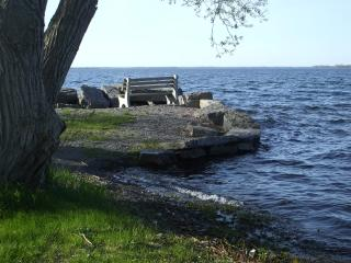 Charming 3 bedroom House in Cape Vincent with Deck - Cape Vincent vacation rentals