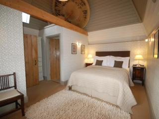 Old Harpfields Hop Kiln. Beautiful 2 bed cottage. - Tenbury Wells vacation rentals