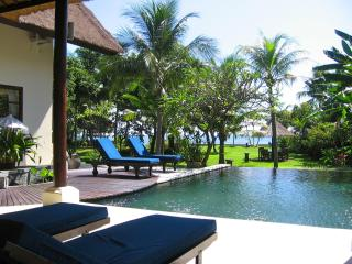 Villa Buka Kecil - Luxury private beachfront Villa - Pekutatan vacation rentals