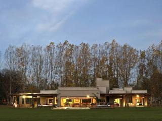 6 bedroom Villa with Deck in Mendoza - Mendoza vacation rentals