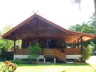 Beautifully handcrafted 2 Bed villa  in Koh Samui. - Mae Nam vacation rentals