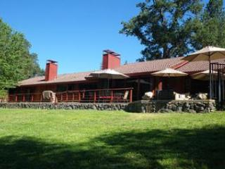 Riverbend  - [more photos ahwahnee.biz] - Ahwahnee vacation rentals