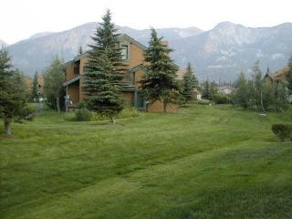 Park Like Setting in Mammoth - Mammoth Lakes vacation rentals