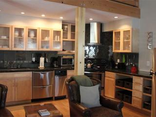 2 bed+loft /2 ba- LARKSPUR 1224 - Jackson Hole Area vacation rentals