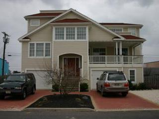 Beautiful Bayside Modern Home with Convenience - Long Beach Island vacation rentals