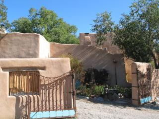 3 BR Restored Artist Home,easy walk to Taos Plaza - Taos vacation rentals