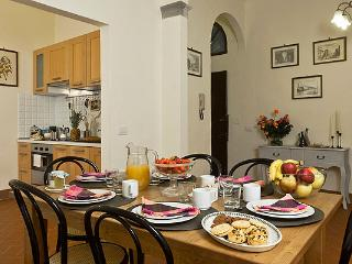 Elegant 4 Bedroom Apartment Rental in Tuscany - Florence vacation rentals