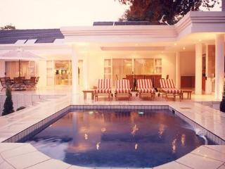 de Pinna's Executive Guest House - Benoni vacation rentals